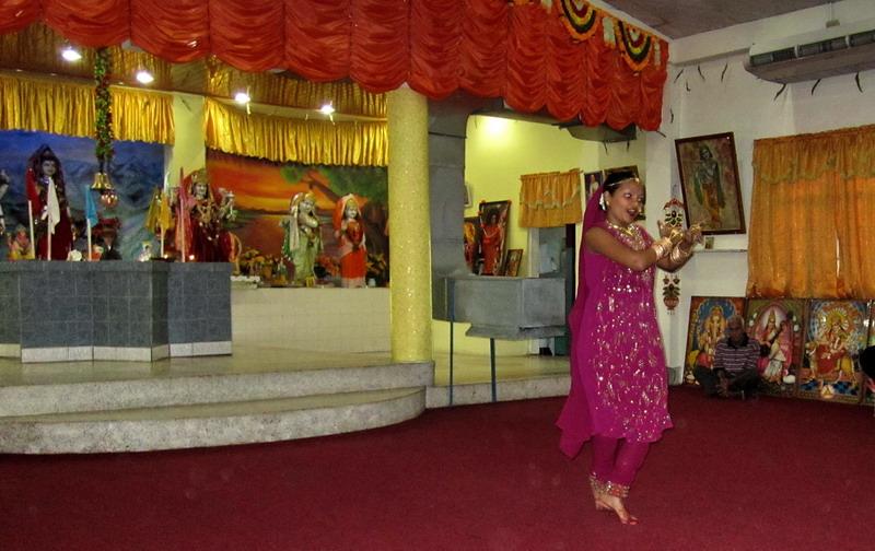 tempeldans1.jpg