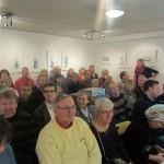 Välbesökt förläsning på Galleri Mitt i Centrum